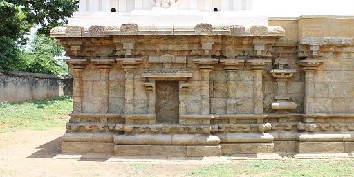 Rock-cut Siva temple